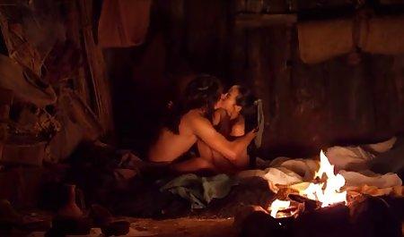 Dua nakal kancing menikmati penjara menyenangkan dengan panas video bokep angelina lee