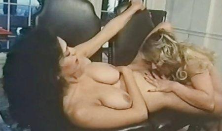 Hot Thai kumpulan video porn dengan big fake Boobs mendapat dibor keras