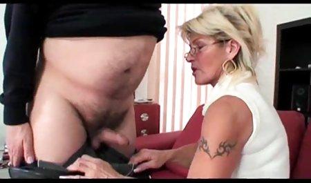 Tanduk Capella Banci mendapat cum di pantat, dan super kumpulan video porn efektif