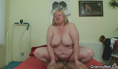Aku menusuk Nenek video bokep tante gemuk seksi tindik pukas