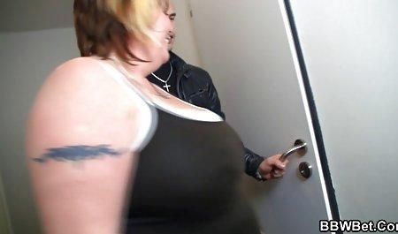 Sebuah adegan dari Charlotte,Mouille Sa belakangnya! video sek mom (1981) Marilyn Jess