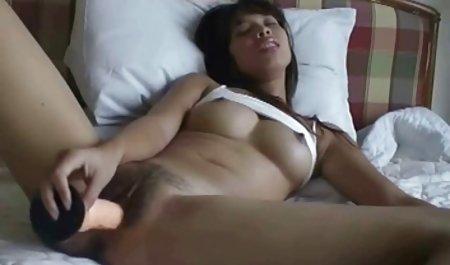 Keindahan vidio porna muda Larissa dan Mika dari Septikemia erotika menikmati