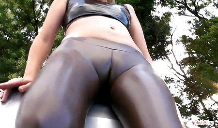 Lesbian bersenang-senang dengan Toket vidio sex lesby besar rambut coklat Jayden dan Taylor