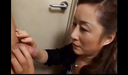 Brittany Dia menggoda ayah tiri video bokep tante gemuk